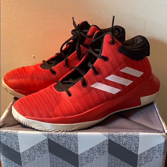 1932 a walk to remember opinion essay.php]a adidas Adizero Boston 8 Men s Blue Road Track Continental Running